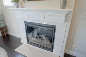 RR Hard Word Services - Fireplace Mantels